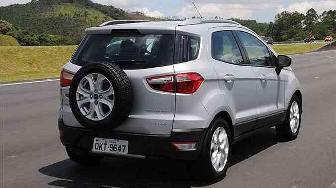 Pausa para reparar nesse estepe traseiro: só o Eco tem!(foto: Ford/Divulgação)