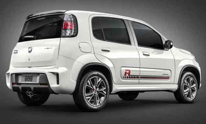 Com visual esportivo, se valendo do tradicional 'R', Uno Sporting adota motor 1.3(foto: Fiat/Divulgação)