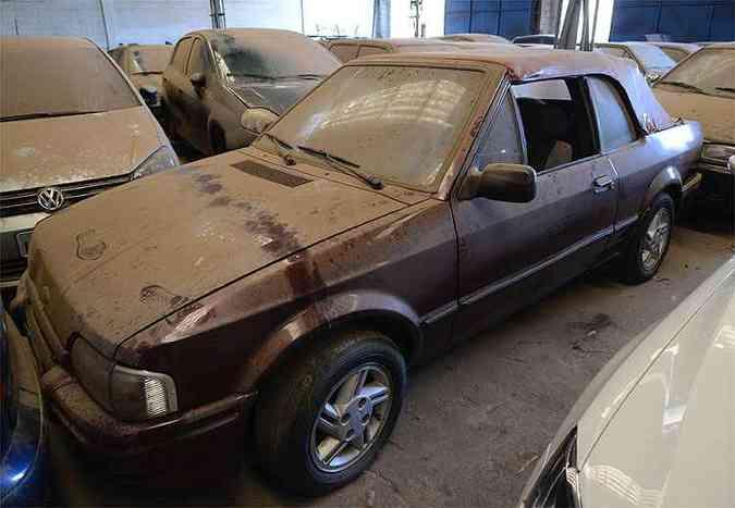 Ford Escort XR3 1988 - Belo conversível nacional foi bem restaurado, mas está parado por falta de licenciamento desde maio do ano passado(foto: Thiago Ventura/EM/D.A Press)