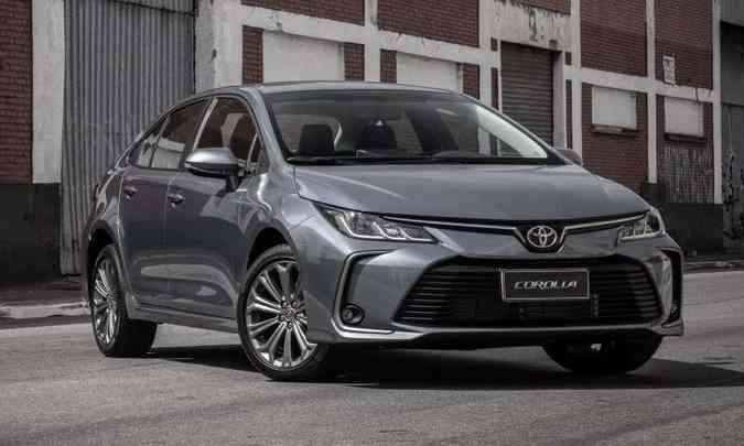 A linha 2022 do Toyota Corolla não traz modificações no visual externo, que permanece o mesmo(foto: Toyota/Divulgação)