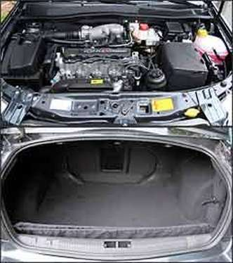 Motor 2.0 Flex ganha quase 7 cv com álcool. Já o porta-malas é um dos maiores do segmento(foto: Marlos Ney Vidal/EM/D.A.Press - 30/4/08)