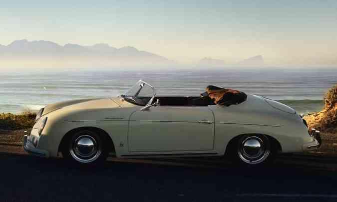 O lendário Roadster Nº 1 foi lançado em 1948(foto: Porsche/Divulgação)