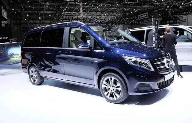Com um design inédito, van possui amplo espaço interno para até oito ocupantes e é recheada de equipamentos  - Newspress/divulgação