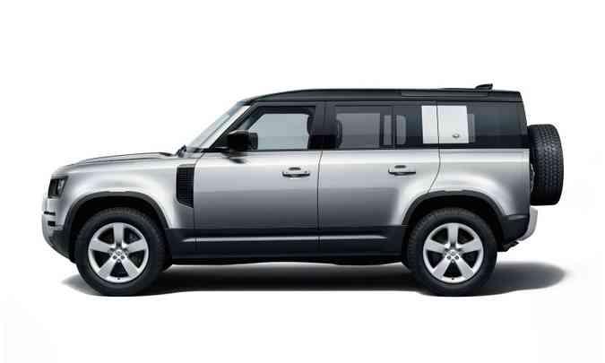 Em comparação com a geração anterior, linhas foram amenizadas e o novo Defender 110 está mais para um SUV do que um jipão(foto: Land Rover/Divulgação)