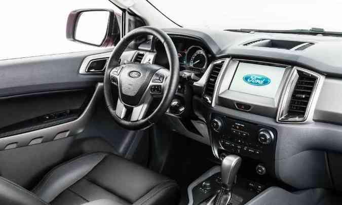 Central multimídia adota tela sensível ao toque de oito polegadas(foto: Ford/Divulgação)