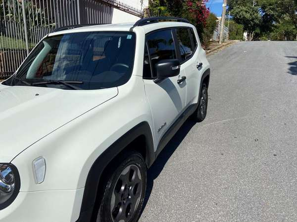 Jeep Renegade Sport 1.8 4x2 Flex 16v Mec. 2019 R$ 77.000,00 MG VRUM