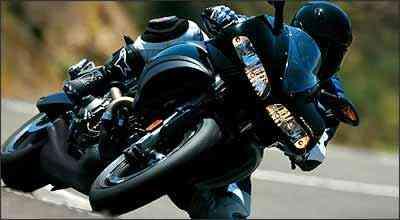 Carenagem lembra dianteira das italianas Ducati - Fotos: Buell/Divulgação