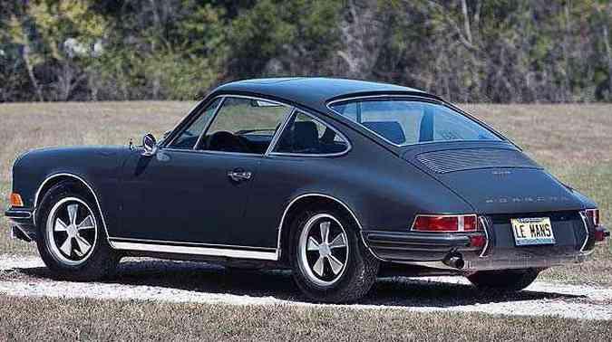Porsche 911 S 1970, de Steve McQueen, será vendido pelo comediante Jerry Seinfeld(foto: RM Auctions/Divulgação)