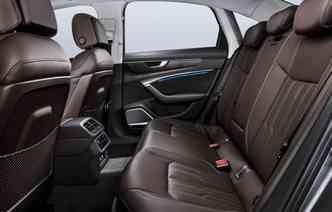 Sedã tem a capacidade de configurar a preferência de até sete perfis de usuários, personalizando até 400 parâmetros. Foto: Audi / Divulgação