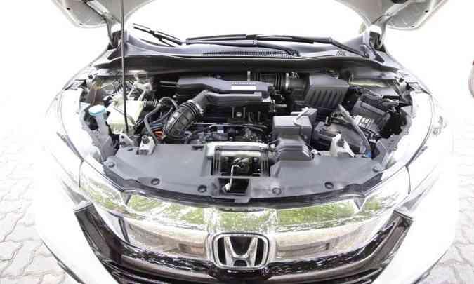 Motor 1.5 turbo e câmbio CVT garantem desempenho apenas regular o Honda HR-V(foto: Edésio Ferreira/EM/D.A Press)