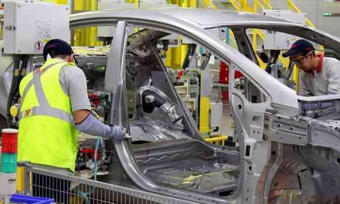 Kia Forte (no Brasil, Cerato) é o primeiro modelo produzido na fábrica mexicana(foto: Kia/Divulgação)