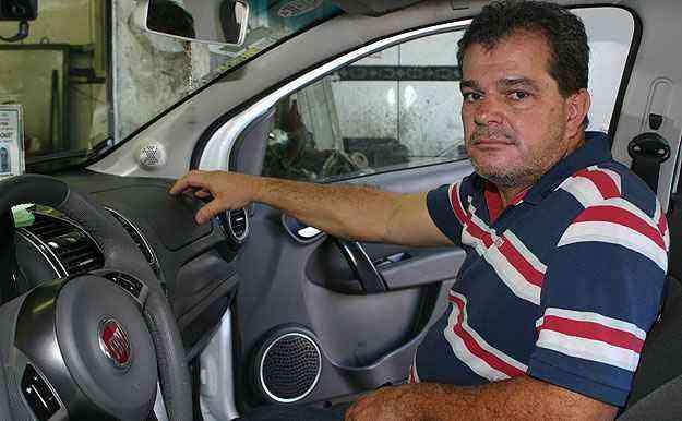 Efraim de Almeida fica inseguro com barulho no airbag frontal - Paulo Henrique Vivas/EM/D.A Press