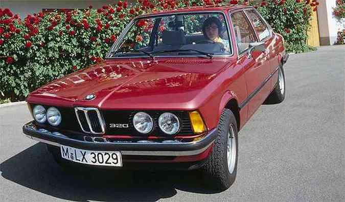 Primeira geração do BMW Série 3(foto: BMW/divulgação )