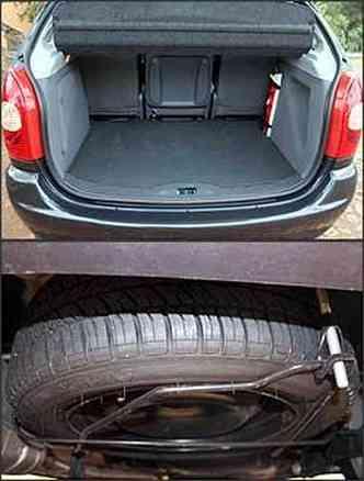Porta-malas é bem amplo, tem bom acabamento e acesso fácil. Já o estepe embaixo dificulta a troca do pneu(foto: Marlos Ney Vidal/EM - 27/10/06)
