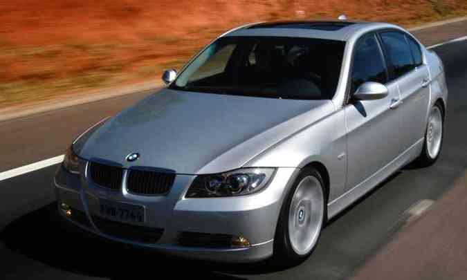 BMW Série 3 ano/modelo 2005/2006(foto: BMW/Divulgação)
