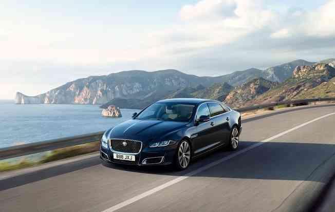 Modelo recebeu edição especial em comemoração aos 50 anos de produção. Foto: Jaguar Land Rover / Divulgação -