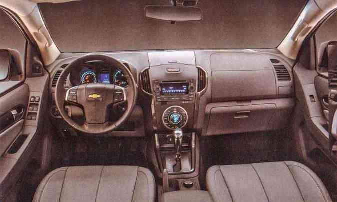 Interior ganhou requinte e veículo passou a trazer sistema multimídia com navegador GPS(foto: Chevrolet/Divulgação)