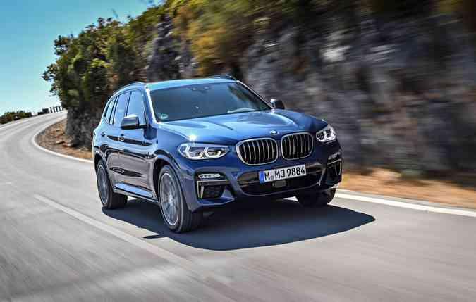 Câmbio automático ZF de 8 marchas está disponível na nova linha (foto: BMW / Divulgação )