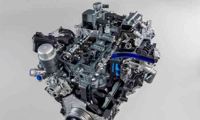 Nono motor 2.0 turbo de 4 cilindros, da família Ingenium, tem 300cv de potência e 40,8kgfm de torque(foto: Jaguar/Divulgação)