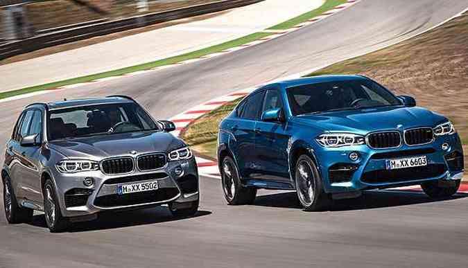 Novos BMW X5M (cinza) e X6M (azul) chegam ao Brasil em 2015(foto: BMW/Divulgação)