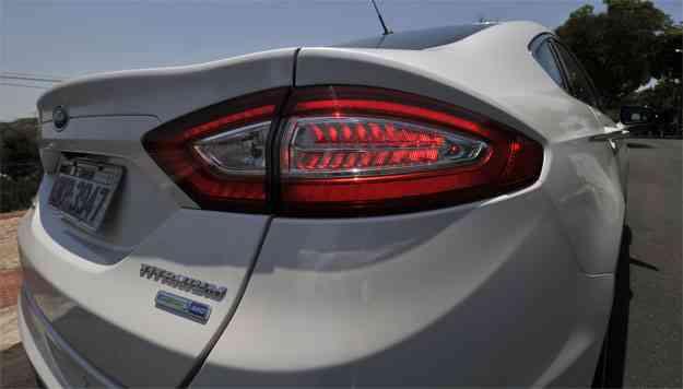 Lanterna traseira tem moldura vermelha e luzes de LED - Juarez Rodrigues/EM/D.A Press