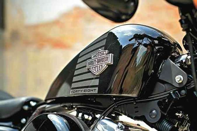 A Forty-Eight tem tanque de combustível bem pequeno(foto: Harley-Davidson/Divulgação )