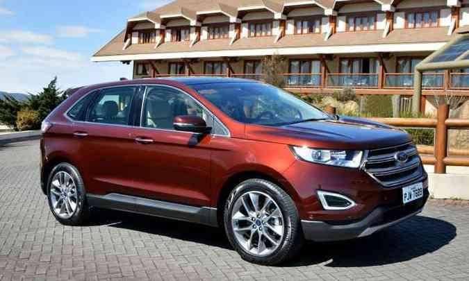 Ford Edge ganhou aspecto mais esportivo, com grade dianteira trapezoidal e rodas de 20 polegadas(foto: Ford/Divulgação)