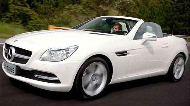 Mercedes-Benz já está trazendo para o Brasil o SLK 250 - Mercedes-Benz/Divulgação