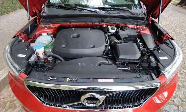 Motor 2.0 com turbocompressor desenvolve 252cv e garante bom desempenho - Leandro Couri/EM/D.A Press