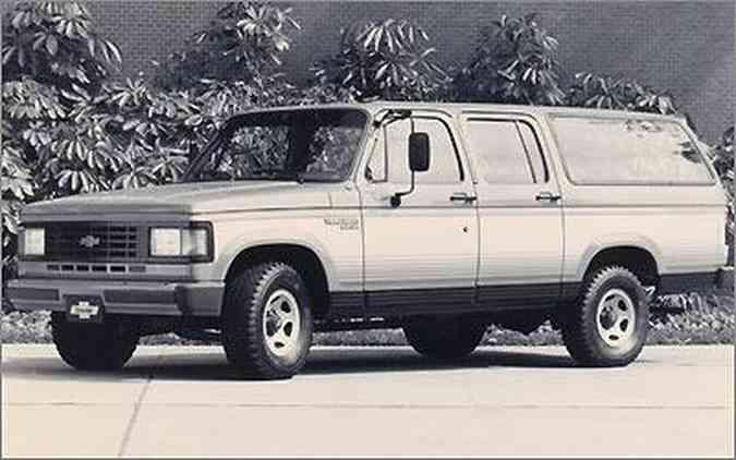 No final da década de 1980, a Veraneio passou por mudanças significativas, deixando-a mais moderna(foto: Arquivo EM)