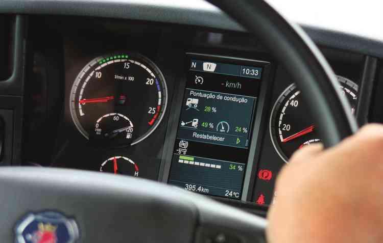 Scania aposta no acompanhamento dos motoristas para aumentar a segurança. Foto: Scania / Divulgação -
