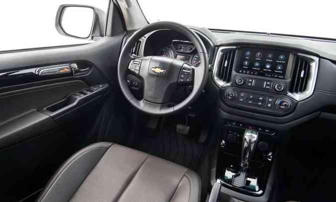 As versões mais simples têm revestimento interno em tecido e as de topo em couro(foto: Chevrolet/Divulgação)