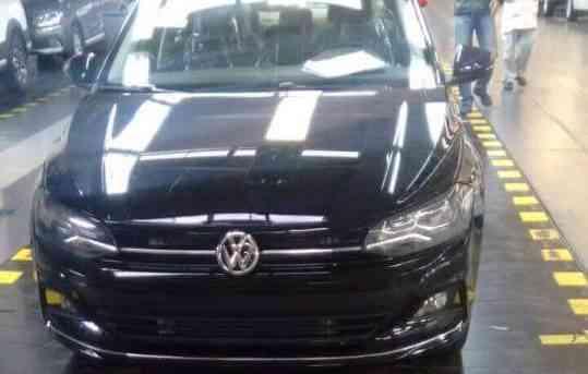 Versão com faróis de neblina, inspirados no novo VW Golf - Reprodução/Internet