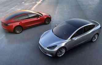 Tesla foi apontada como a montadora que mais se preocupa em atualizar softwares(foto: Tesla / Divulgação)