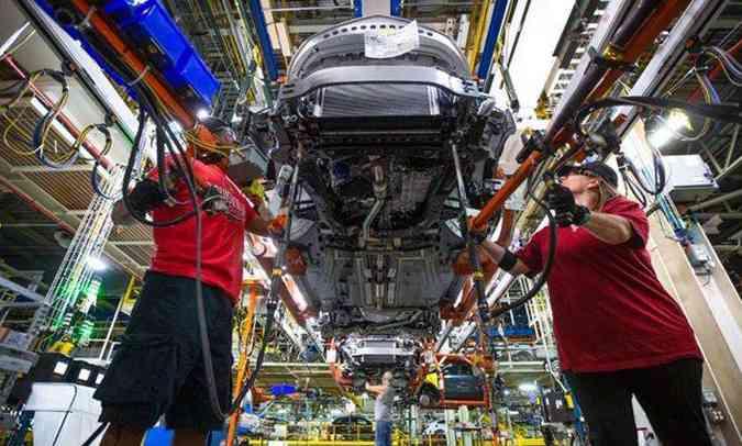 A fábrica de Gravataí, onde são produzidos os modelos Onix e Onix Plus, retoma as atividades hoje(foto: Chevrolet/Divulgação)