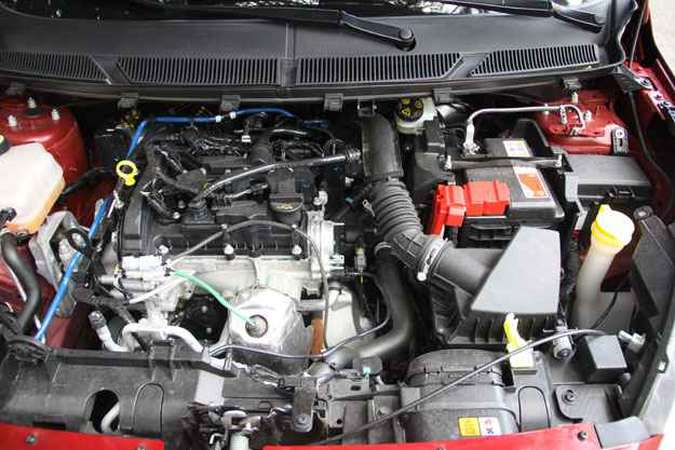 O motor 1.0 de três cilindros rende 85cv de potência com etanol(foto: Marlos Ney Vidal/EM/D. A Press)