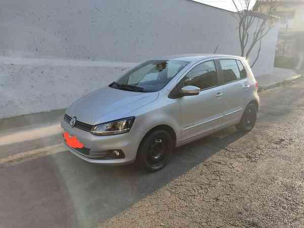 Volkswagen Fox Comfortline 1.6 Flex 8v 5p 2015 R$ 43.300,00 MG VRUM