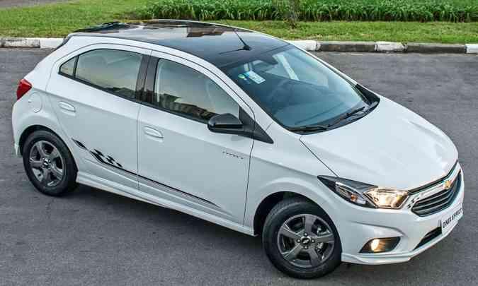 O Chevrolet Onix mantém a liderança no mercado nacional há quatro anos consecutivos(foto: Chevrolet/Divulgação)