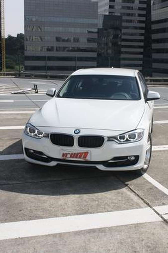 BMW 320i ActiveFlexMarcello Oliveira/EM/D.A PRESS