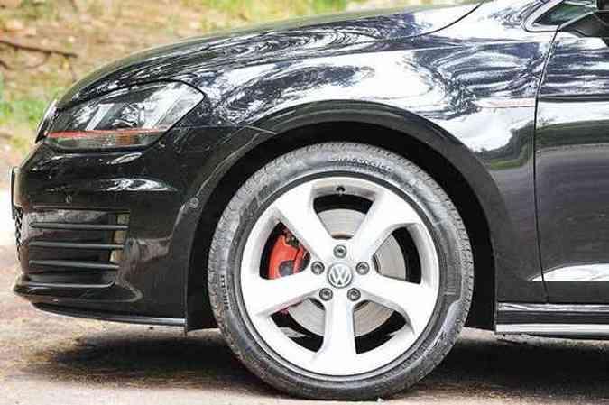 Rodas aro 17 e pneus de perfil baixo(foto: Euler Junior/EM/DA PRESS)