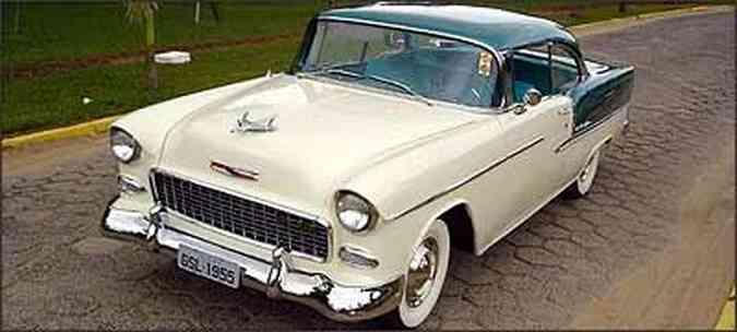 Mesmo sem ser modelo de luxo, Bel Air é um dos carros mais associados aos anos 50(foto: Fotos: André Gesualdi/Arquivo pessoal)