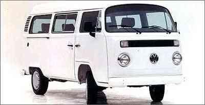 Em 1997, o modelo ganhou portas corrediças, que já a equipava na Europa desde 1967 - Volkswagen/Divulgação