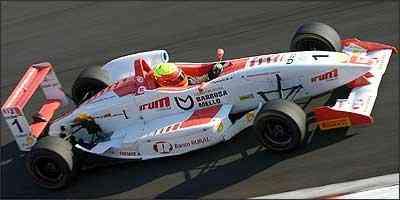Já campeão, Clemente Jr. venceu as duas últimas provas do ano, realizadas no autódromo de Interlagos (SP) - Fábio Oliveira/Divulgação