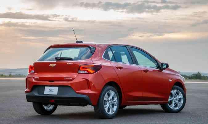 O Chevrolet Onix hatch é o modelo mais vendido no Brasil, com 54.036 unidades emplacadas(foto: Chevrolet/Divulgação)
