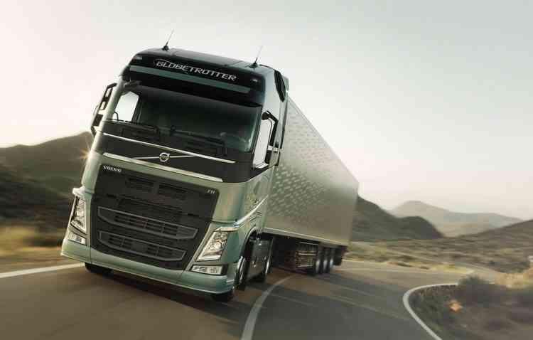 Volvo já testa sistemas semi-autônomos nos seus caminhões. Foto: Volvo / Divulgação -