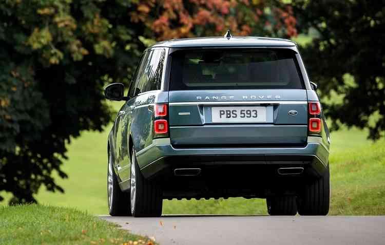 De acordo com a CESVI, a Range Rover levou nota máxima no quesito visibilidade. Foto: Land Rover / Divulgação -