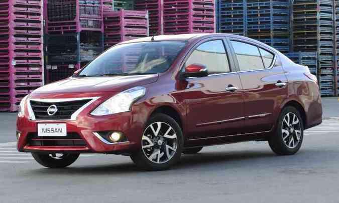 Versa agora tem vidros elétricos nas quatro portas de série e Isofix a partir da versão 1.6 SV(foto: Nissan/Divulgação )