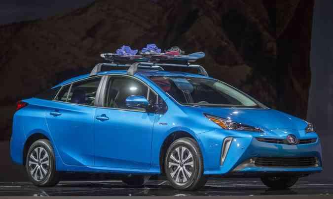A Toyota estima que o Prius AWD-e responderá por 25% das vendas do modelo(foto: Los Angeles Auto Show/Divulgação)
