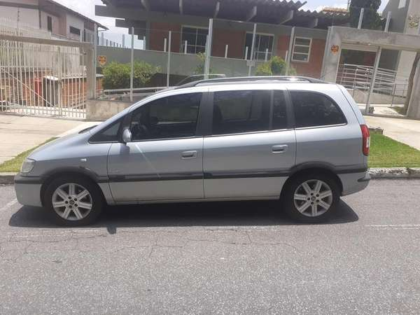 Chevrolet Zafira Elite 2.0 Mpfi Flexpower 8v  Aut 2010 R$ 27.000,00 MG VRUM