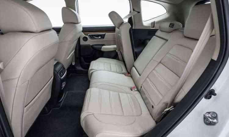 Assoalho praticamente plano favorece o espaço no banco traseiro, que conta com saídas do ar-condicionado - Honda/Divulgação